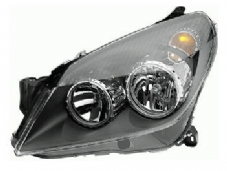 ASTRA MK 5 HEADLIGHT N/S PASSENGER SIDE   BLACK  TYPE    2006 +. NEW NEW